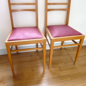 Duo chaises framboise