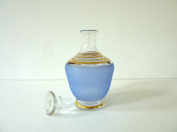 Carafe à liqueur bleue