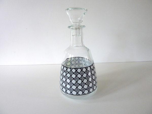 Carafe à liqueur noire et blanche