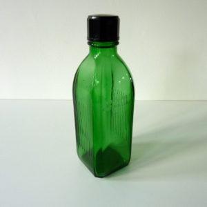 Flacon de pharmacie vert
