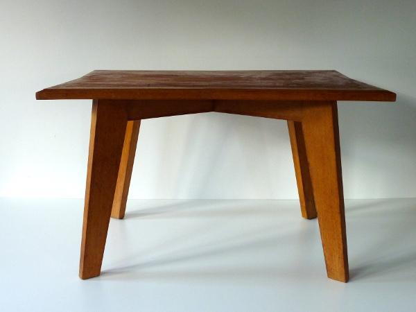 petite table bois feeb 39 s little shop. Black Bedroom Furniture Sets. Home Design Ideas