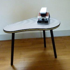 Petite table haricot