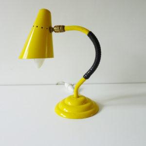 Lampe jaune scoubidou