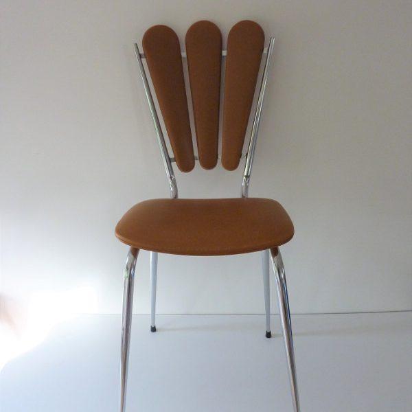 chaise-vintage-dossier-petales
