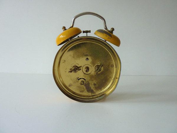 réveil jaune vintage jaz