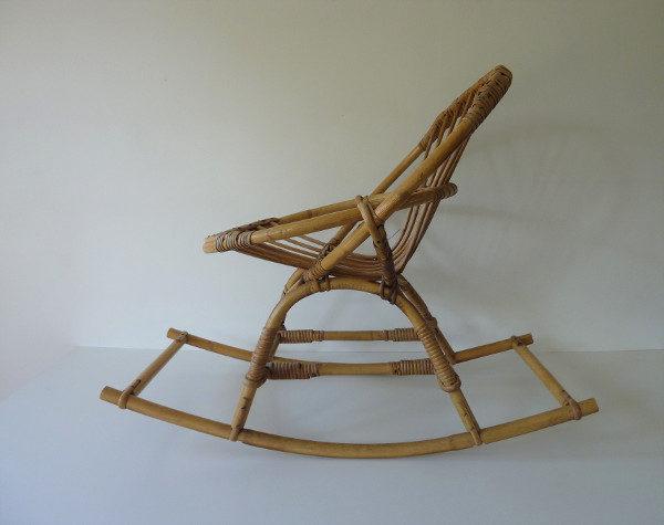chaise à bascule vintage rotin enfant