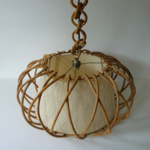 suspension cage en rotin vintage