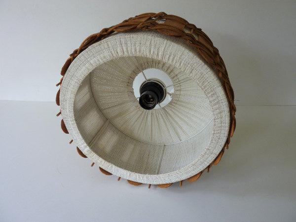 suspension vintage en bois et tissu