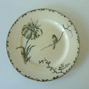 assiettes terre de fer décor oiseaux oxford