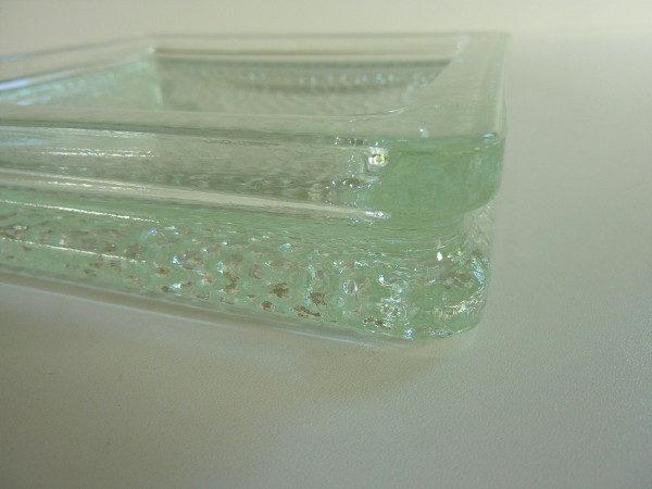 Cendrier nevada brique de verre moulé pressé vintage