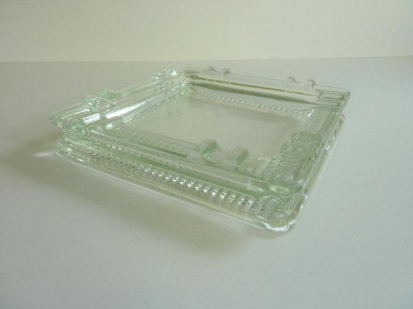 Cendrier verre moulé années 50
