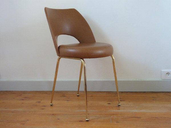 chaise tonneau cuir synthétique marron