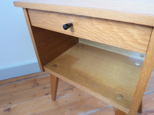 chevet 50 s feeb 39 s little shop. Black Bedroom Furniture Sets. Home Design Ideas