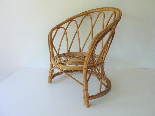fauteuil diabolo en rotin pour enfant