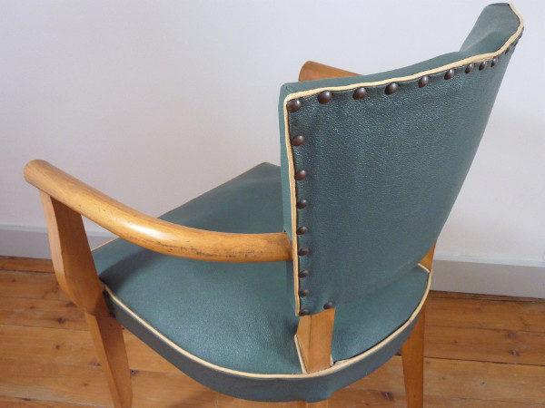 fauteuil moustache vintage