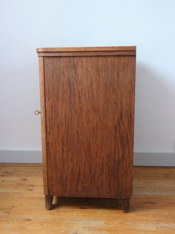 Meuble zhenit feeb 39 s little shop for Reprise de meuble ancien