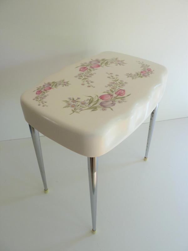 tabouret gilac feeb 39 s little shop. Black Bedroom Furniture Sets. Home Design Ideas