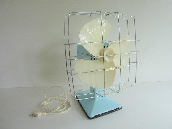ventilateur bleu pastel calor vintage