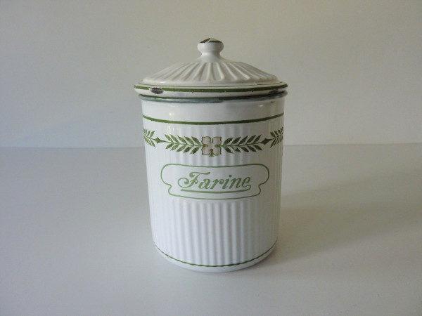 pot à farine émaillé ancien