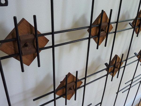 vestiaire mural métal et bois dos
