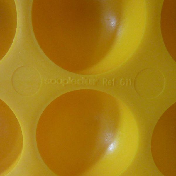 boite à oeufs orange vintage soupledur