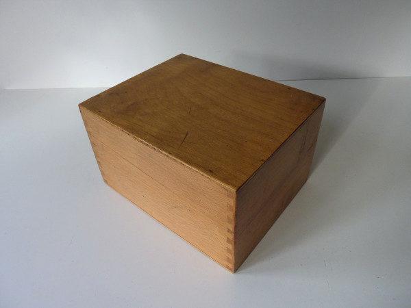 Boite à fiche en bois ancienne F2