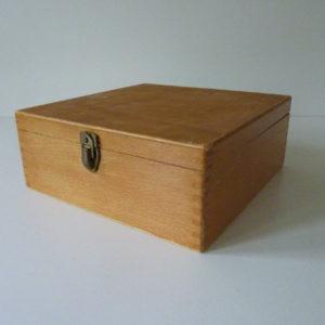 Boite à fiche en bois ancienne D1