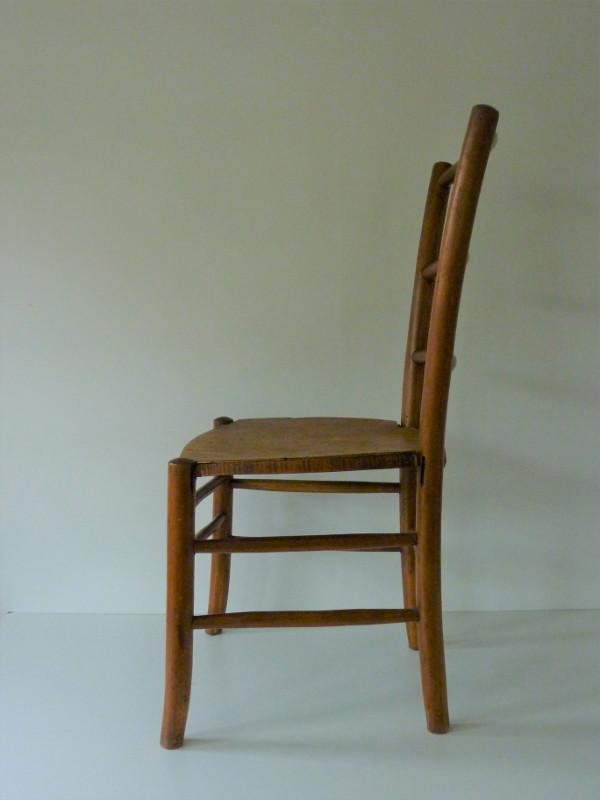 chaise de nourrice ancienne en bois feeb 39 s little shop. Black Bedroom Furniture Sets. Home Design Ideas