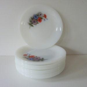 Assiettes Arcopal motif Liserons Années 70
