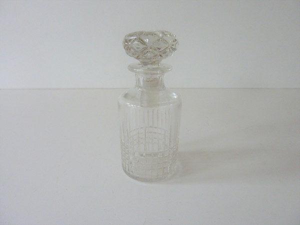 flacon ancien en cristal 1