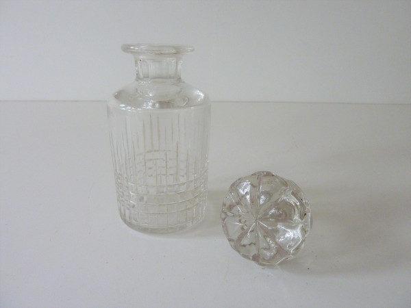 flacon ancien en cristal 2