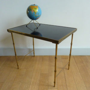 table basse vintage pieds laiton façon bambou