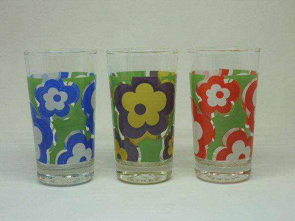 verres à fleurs seventies