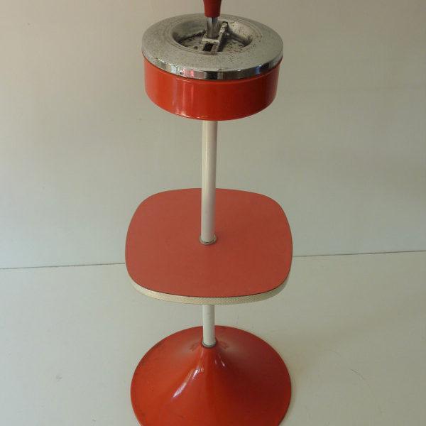 cendrier sur pied plateau Formica rouge vintage