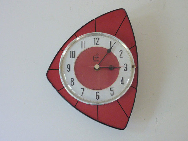 horloge murale formica rouge japy