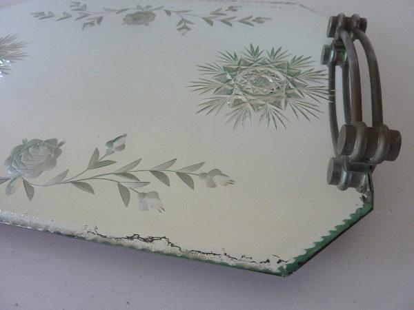 plateau miroir biseauté art déco gravé fleurs