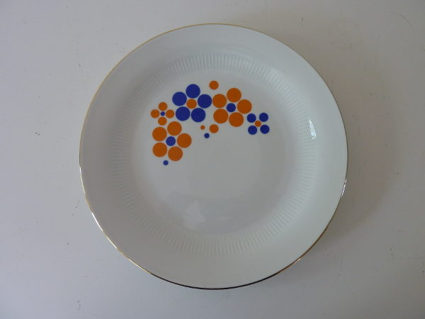 assiettes plates à pois German Democratic Republic