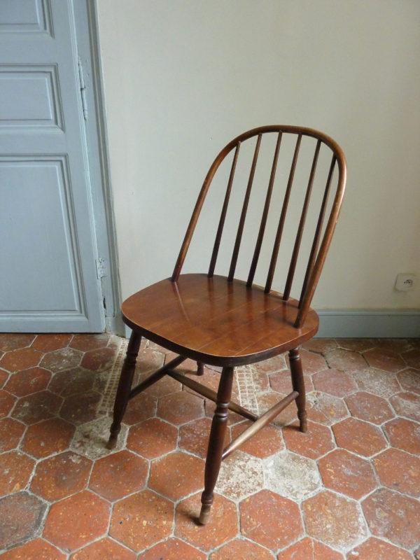 chaise à barreaux style ercol tapiovaara