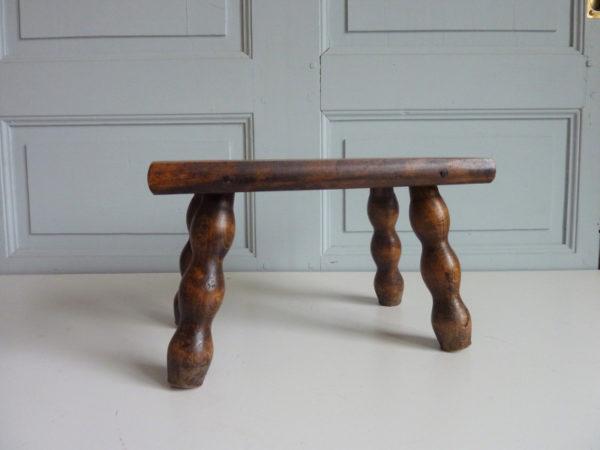 Tabouret, repose pieds bois ancien