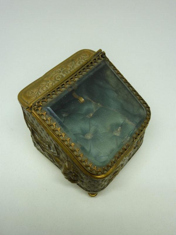 Coffret à bijoux ancien laiton et verre biseauté