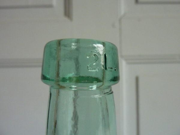 Dame Jeanne vert clair 2L.