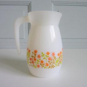 Pichet à fleurs Shell arcopal seventies