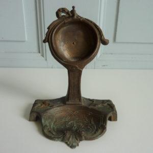 Présentoir ancien en fonte pour montre à gousset