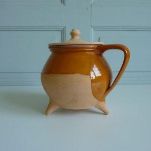 Pot à couvercle tripode en céramique la borne